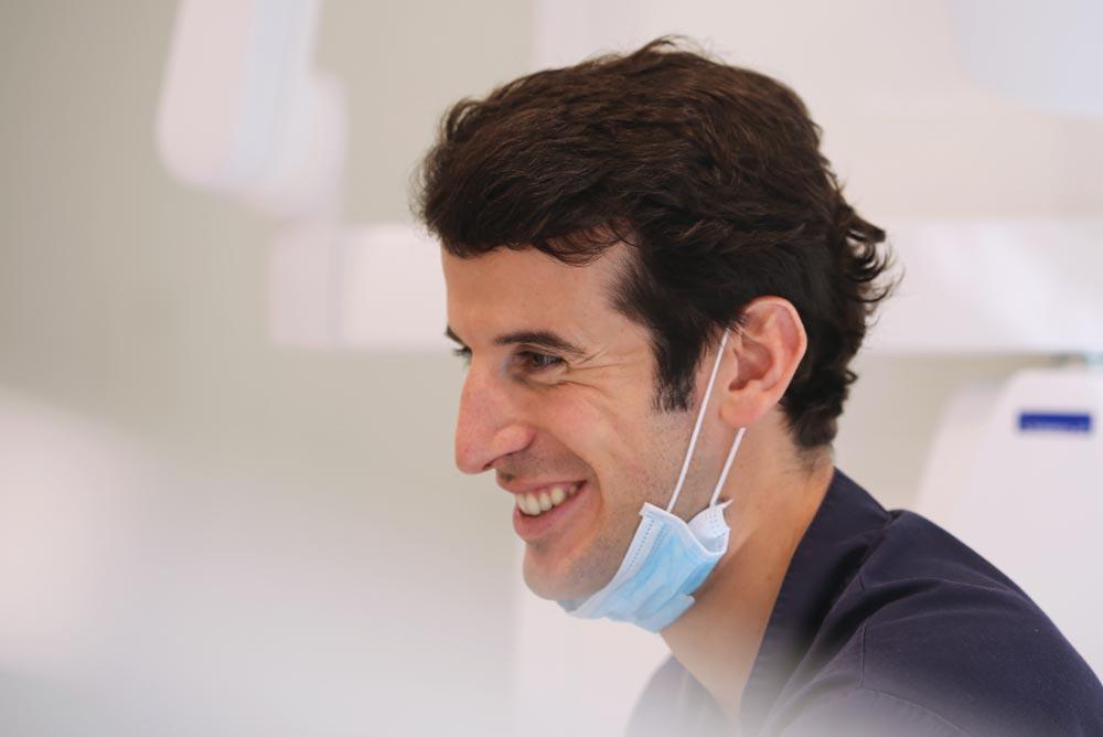 Dr. Rafael Pla Martínez, Clínica Dental Rafael Pla