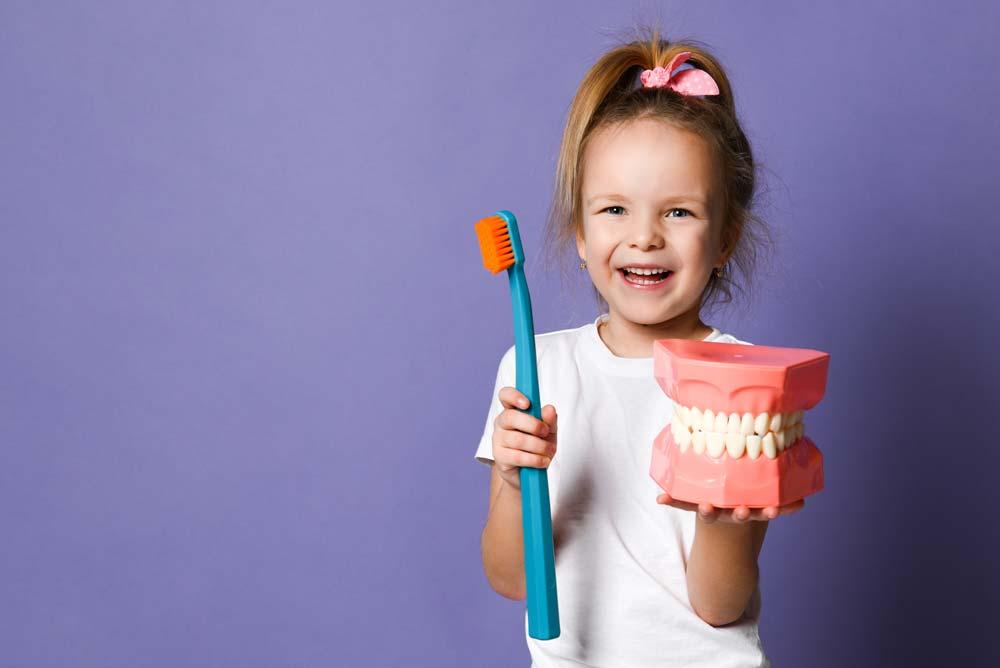 Limpieza dental en niños, Clínica Rafael Pla