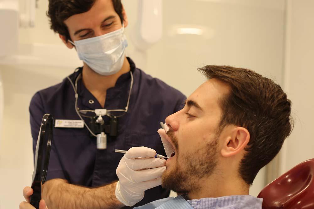Revisión tras reconstrucción en Clínica dental en Albacete